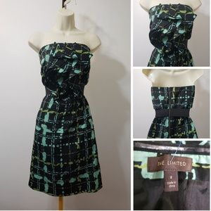 THE LIMITED WOMAN RUFFLES  FRONT TUBE DRESS SIZE 2